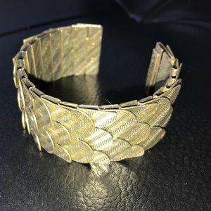 Jewelmint Bronze Cuff